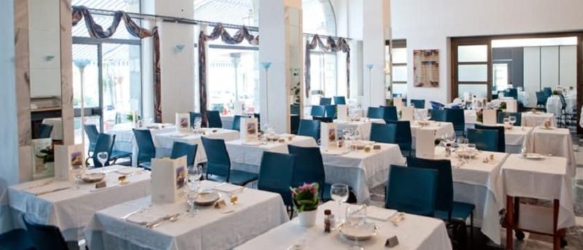 Hotel Sole Dining room.jpg